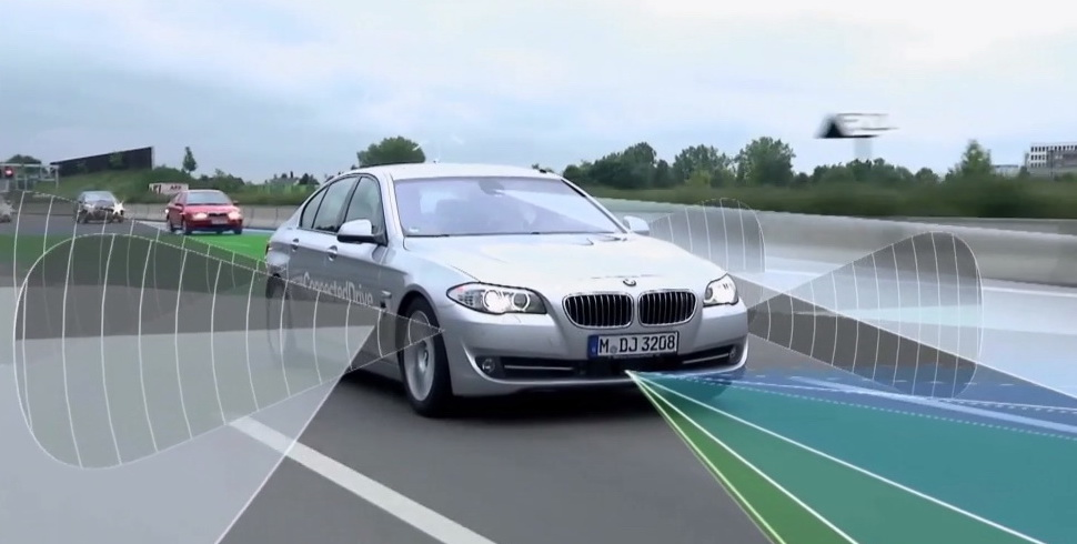 BMW_ActiveAssist_5