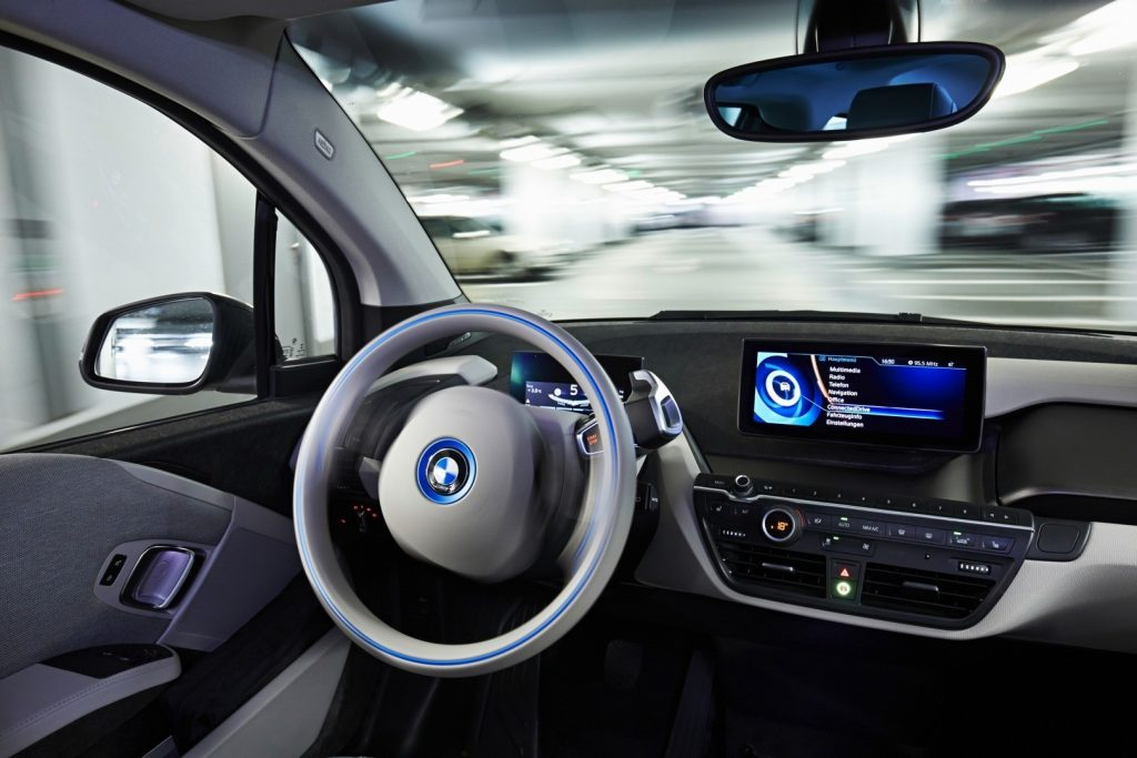 bmw-fully-automated-parking-i3